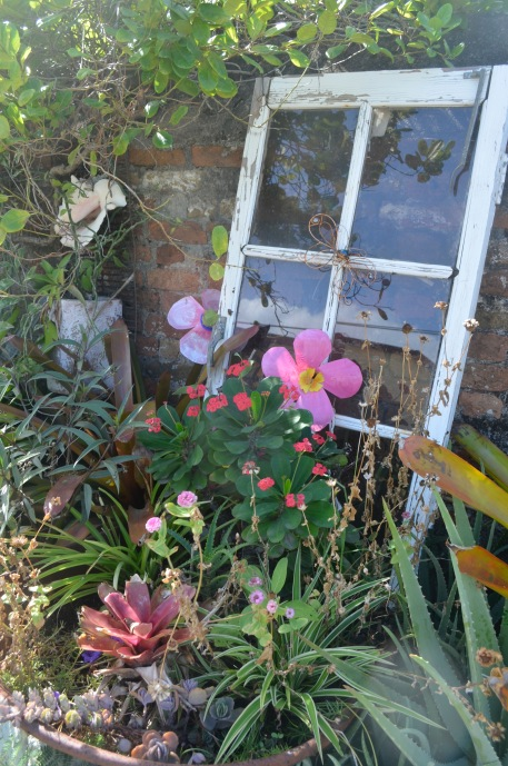 More pretty scenes on the street as I went from chandlery to chandlery